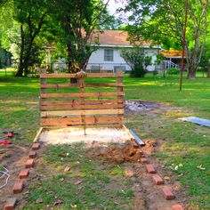 Horseshoe pit idea (possible use of pallets for backstop)