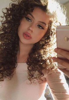 Curly hair model, Curly hair styles, Curly afro hair, Natural curls hairstyles, … - Rebel Without Applause Natural Afro Hairstyles, Curled Hairstyles, Girl Hairstyles, Natural Hair Styles, Long Hair Styles, Natural Curls, Curly Hair Model, Curly Afro Hair, Curly Girl