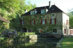 Le Moulin de la Roche, Noyers, Avallon, Yonne, Bourgogne, France