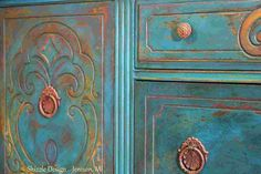 This antique buffet has a petty interesting base coat. Learn how easy it is to layer colors like this at: http://shizzle-design.com/2014/03/peacock-buffet-with-…
