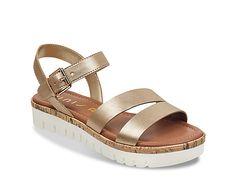 c3ad389ae545 Women Brok Platform Sandal -Gold Metallic