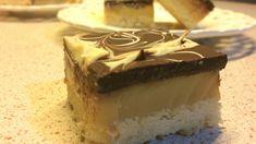 """🍫 Батончик Твикс 🍫 Homemade Twix 🍫 MILLIONAIRE SHORTBREAD 🍫   Это печенье готовится довольно быстро и просто, а результат получается просто превосходным! Им можно полакомиться в тесном семейном кругу, а можно подать к праздничному столу. На вкус печенье напоминает всем известный """"Твикс"""". Хотя оригинальное его название - """"Millionaire Bars"""", мы назовем его - """"Домашний Твикс"""". Приятного Вам аппетита! :)"""