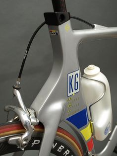 There's few cycling brands more easily recognized than the French LOOK marque, a combination of their Mondrian-inspired branding and highly innovative products. Their pédales automatiques helped Bernard Hinault win the 1985 Tour de France, followed in 1993 by their revolutionary monocoque frame — the KG 196.