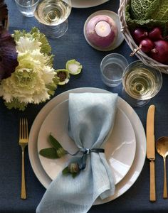 I love these color combos... slate blue, plum, greens, gold.