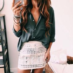 studded skirt Wachabuy Source by zehrakaraca Date Outfit Summer, Date Outfits, Spring Outfits, Girl Outfits, Casual Outfits, Fashion Outfits, Spring Clothes, Swag Fashion, Casual Shirt
