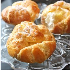 PERFECT CREAM PUFFS http://www.thebestdessertrecipes.com/Recipes-for-Pastries/Perfect-Cream-Puffs#X1IGFrD70C6czVLC.32