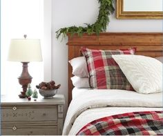 Christmas guest room & other holiday decorating ideas.