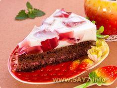 шокоадный торт с молочно-клубничным желе