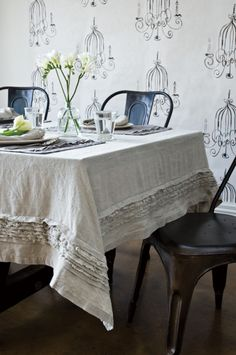 Hello there!  It's Friday!  I ordered some beautiful linen fabric to make a tablecloth for my dining room table at a fantastic price and can...