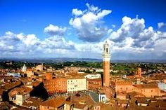 Gorgeous picture of Siena city
