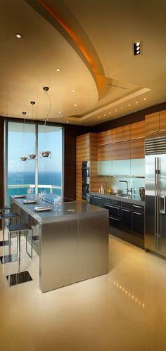 Sleek Modern Kitchen with amazing views Beautiful Kitchens, House Design, Dream Kitchens Design, Kitchen Decor, Interior Design Kitchen, House Interior, Sweet Home, Home Kitchens, Kitchen Design