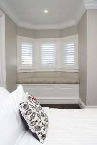Intrim provided timber mouldings to create a classic hamptons style interior including skirting, architraves & mouldings to complete this flawless interior. Hamptons Style Homes, The Hamptons, Timber Mouldings, Timber Staircase, Hamptons Kitchen, Architrave, Bay Window, Window Seats, Classic House