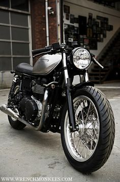 Triumph Thruxton Cafe Racer by Wrenchmonkees #motorcycles #caferacer #motos | caferacerpasion.com