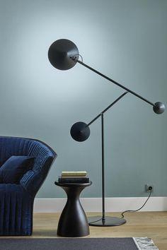 Cinetique by Ligne Roset Ligne Roset, Desk Lamp, Table Lamp, Luminaire Design, Furniture Removal, Lamp Sets, Art Object, Modern Lighting, House Colors