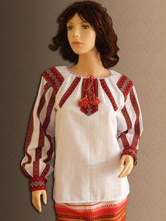 Ukrainian embroidery. Folk ladies blouse. by UkraineSouvenir