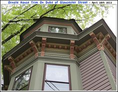 Green Siding, Gloucester Street, House Trim, Pent House, Queen Anne, Victorian Homes, Interior Decorating, Nyc, Mansions
