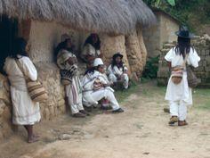 Indígenas arhuacos de la Sierra Nevada de Santa Marta. Colombia.