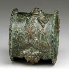Africa | Bracelet from the Yoruba people (Ijebu group) of Nigeria | 18th century ? | Brass.