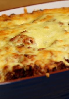 Spaghetti, spaghetti sauce, beef and cream cheese mixture meal … that tastes like a million bucks. Spaghetti, spaghetti sauce, beef and cream cheese mixture meal … that tastes like a million bucks. Easy Casserole Recipes, Crockpot Recipes, Cooking Recipes, Cooking Cake, Hamburger Meat Recipes, Cooking Tools, Healthy Recipes, Crowd Recipes, Chicken Recipes