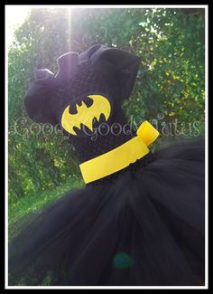 Batman Inspired Tutu Dress. I'll have to keep this in mind for when she's older, Atticus will have a costume to match!