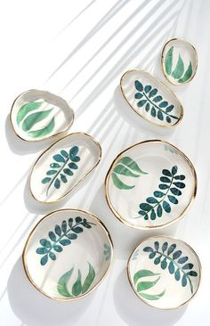 Handmade Ceramics by LiquoriceMoonStudios - These would make FANTASTIC jewelry display plates…Hand Painted Gold Rimmed Stoneware Dishes Ceramic Painting, Ceramic Art, Pottery Painting Ideas, Ceramic Bowls, Ceramic Decor, Pottery Ideas, Cerámica Ideas, Keramik Design, Plate Display