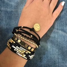 Beaded Bracelets It are the most common fashion accessories today. It has been used as fashion accessories ever since ancient … Making Bracelets With Beads, Layered Bracelets, Jewelry Making, Heart Bracelet, Bangle Bracelets, Beaded Jewelry, Handmade Jewelry, Jewellery, Fringe Purse