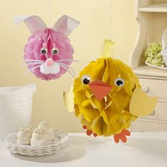 critter craft, easter critter, tissue pom poms, easter crafts, feathers, craft ideas, tissu pompom, eyes, easter ideas