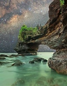 Starry night at Tanah Lot, Bali