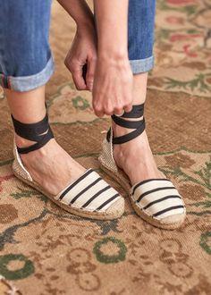 Dicionário dos sapatos: espadrilles