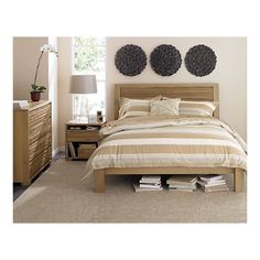 contemplating this as our next bed...love the rest of the set, not so sure aout the 3 inch lip around mattress