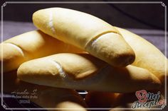 Španělské ptáčky s jasmínovou rýží Hot Dog Buns, Hot Dogs, Good Food, Bread, Recipes, Pastries, Drinks, Drinking, Beverages