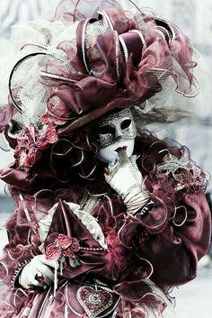Venice Carnival ✿⊱╮ by VoyageVisuel Venice Carnival Costumes, Mardi Gras Carnival, Venetian Carnival Masks, Carnival Of Venice, Venetian Masquerade, Masquerade Party, Masquerade Attire, Masquerade Masks, Venetian Costumes
