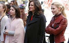 Once Upon a Time declares 'Long Live the Queen' in exclusive first look
