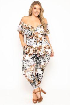 #plussizejumpsuit  #curvysense  #plussize  #plussizeoutfits #plussizefashion #plussizedresses #plussizewomensclothing  #partyjumpsuit #partywear  Outfits Plus Size, Trendy Plus Size Clothing, Plus Size Dresses, Plus Size Fashion, Mini Dresses, Ball Dresses, Plus Size Jumpsuit, White Jumpsuit, White Dress