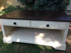 UPCYCLED FURNISHINGS Coffee table redo