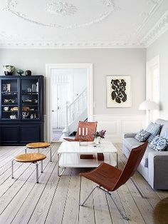 Move Over, All White—This New Décor Trend Has the Scandinavian Stamp of Approval is part of Beautiful home Photography - Scandinavian design is classic and timeless, which is why My Scandinavian Home wrote a book about it Scandinavian Home Interiors, Scandinavian Living, Scandinavian Design, Dark Interiors, Nordic Design, Apartment Decoration, Apartment Interior, Salas Home Theater, Move Over