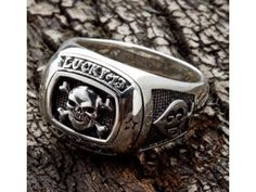 MAGICAL RING THAT WORKS ON LOVE , MONEY, FAMOUS, PROTECTION, REVENGE+27733947689