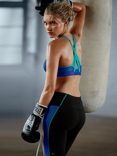 Your toughest workout just met its sport bra match. Plus, the straps are really hot ;). | Victoria's Secret Sport Knockout Strappy Back Sport Bra