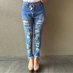 By order contact :  ☎️ /WA :088218634268 Pin:51B88AFB Line :yukiyusmarisaa  tokoserbaada toko kami % terpercaya!! Sejak thn 2009.. Pengiriman :jkt,bdg,sby,batam Payment : BCA   Kode : jeans boyfriends Size:27-30 Price : 225.000 Import bangkok!!