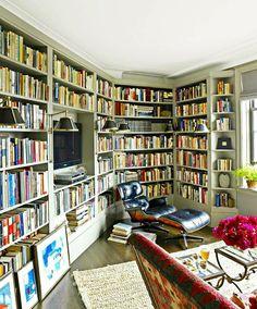 [Home library]. heaven!!!! instagram.com @b.books.s