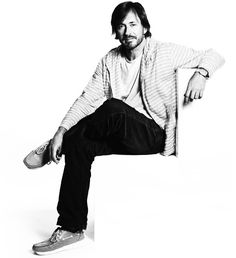 Australian industrial (aircraft, automotive, clothing, furniture, jewellery and product) designer, Marc Newson marc-newson.com