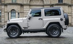 There's a new color hitting the road courtesy of Kahn Design and their SUV-tuning arm, Chelesea Truck Company. They have taken the popular Jeep Wrangler Black Hawk and have produced a unique new color for the model, called Volcanic Stone White.