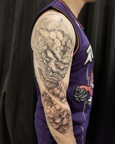 Foodogs in progress Asian Tattoos, All Tattoos, Body Art Tattoos, Tribal Tattoos, Foo Dog Tattoo Design, Tattoo Designs, Chinese Symbol Tattoos, Fu Dog, Samurai Tattoo