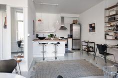 planta piso en C piso pequeño diáfano interiores espacios pequeños diseño interiores decoración pisos pequeños decoración minipisos decoración escandinava cocina moderna cocina abierta blog decoración nórdica