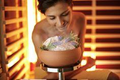 Een Infraroodcabine of Infrarood Sauna van Gervi uw Expert. Sauna, Wellness, Ethnic Recipes, Nice Asses