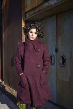the semi grande coat in burgundy - purple