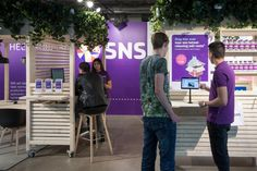Pop up store for SNS bank Rotterdam Central Station retail concept designed by dedato designers and architects