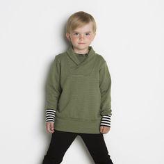 SILMU neulossvetari, vaalea oliivi - vanilja   NOSH verkkokauppa   Tutustu nyt lasten syksyn 2017 mallistoon ja sen uuteen PUPU vaatteisiin. Ihastu myös tuttuihin printteihin uusissa lämpimissä sävyissä. Tilaa omat tuotteesi NOSH vaatekutsuilla, edustajalta tai verkosta >> nosh.fi (This collection is available only in Finland)
