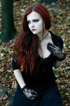 Goth Gothic readhead