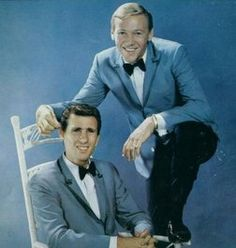 Listen to music from The Righteous Brothers like Unchained Melody, You've Lost That Lovin' Feelin' & more. Find the latest tracks, albums, and images from The Righteous Brothers. Classic Rock And Roll, Rock N Roll, Bobby Hatfield, Bill Medley, The Righteous Brothers, Unchained Melody, Soul Train, You'll Never Walk Alone, Sing To Me